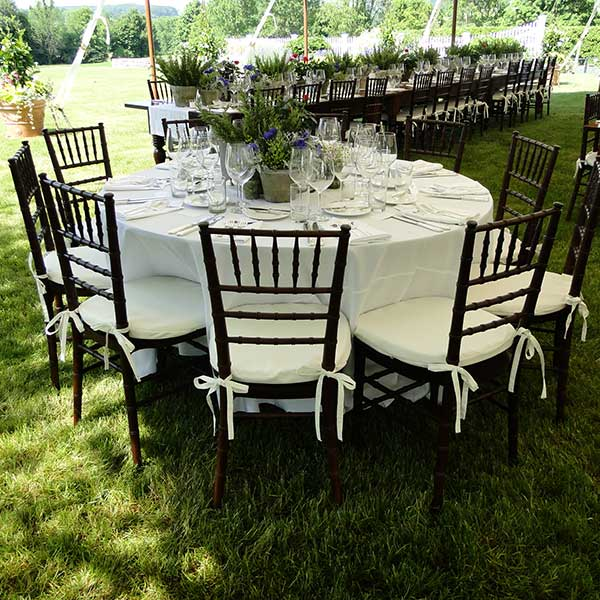 Round tables for your wedding or special event. Table & Chair rentals from Columbia Tent Rentals