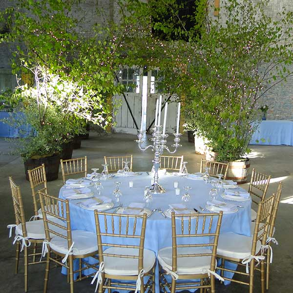 Round tables for your wedding or special event make for great conversation. Table & Chair rentals from Columbia Tent Rentals